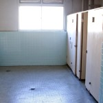 旧校舎のトイレ